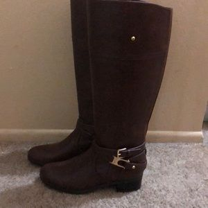 NWOT Brown riding style boots